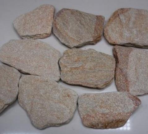 Камень златолит галтованный (округленный, процесс искусственного старения) серебро и желтый-переходной